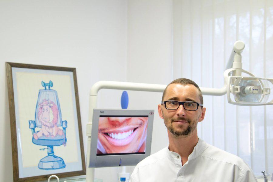 dr Marek Budrewicz